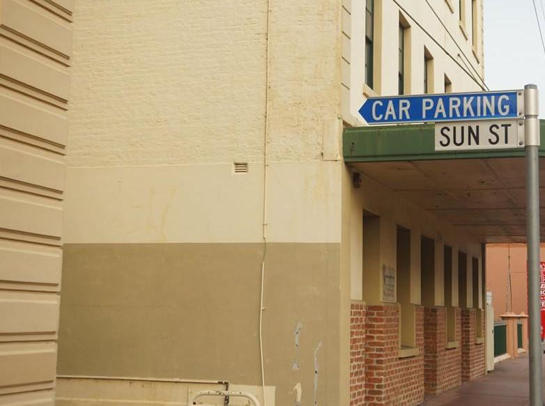 sun street front (2)